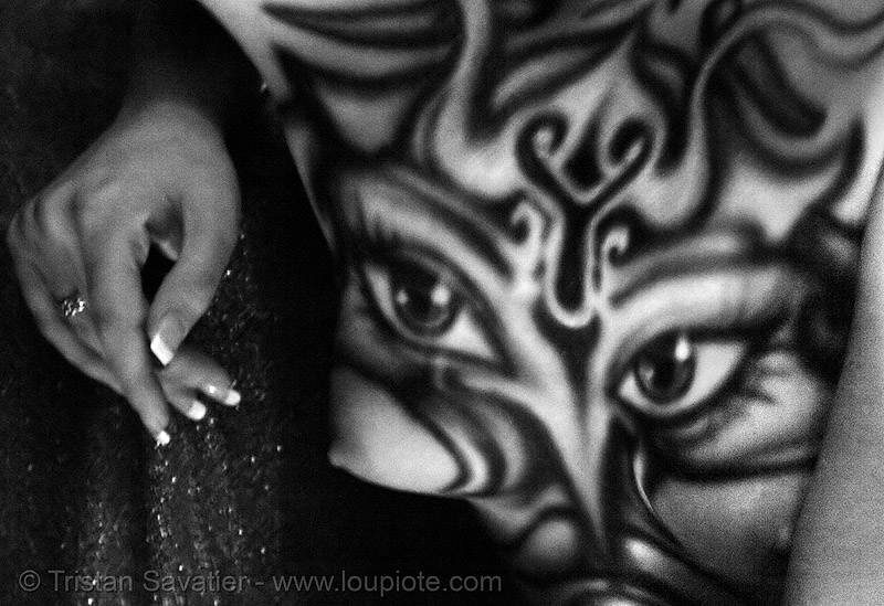 airbrush bodypaint, airbrush, anon salon, body art, body paint, body painting, brittany, clay chollar, davina suicide, eyes, hand, skinflix, topless, woman