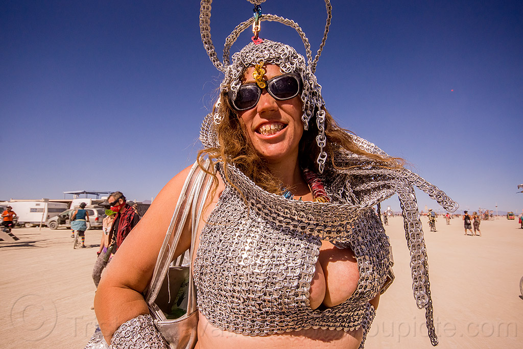 costume made of soda can pull tabs - burning man 2015, aluminium, bra, burning man, can pull tabs, carolina, cleavage, costume, headdress, metal, recycling, soda pop tops, soda pull tabs, sunglasses, woman