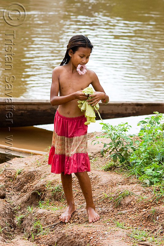 girl near river (laos), child, kid, kong lor, laos, little girl, river bathing