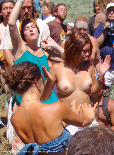 girls-dancing - rainbow gathering - hippie, dancing, hippie, rainbow family, rainbow gathering, topless woman, women