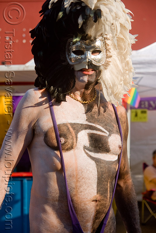 man with feather mask and body painting - folsom street fair 2009 (san francisco), body art, body paint, body painting, feathers, man, mask, white