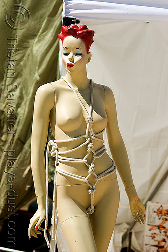 store dummy with bondage rope - burning man 2008, art installation, burning man, fetish, japanese bondage, kinbaku-bi, knots, mannequin, rope bondage, sokubaku, store dummy, 緊縛美