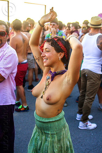 yassmine dancing at decompression 2014 (san francisco), arm tattoo, bandana, bracelets, burning man decompression, dancing, headband, hippie, jewelry, necklaces, topless woman, yassmine